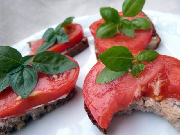 Fota: kanapka z pomidorem 2
